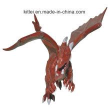 Petit dinosaure de jouet en plastique coloré réaliste