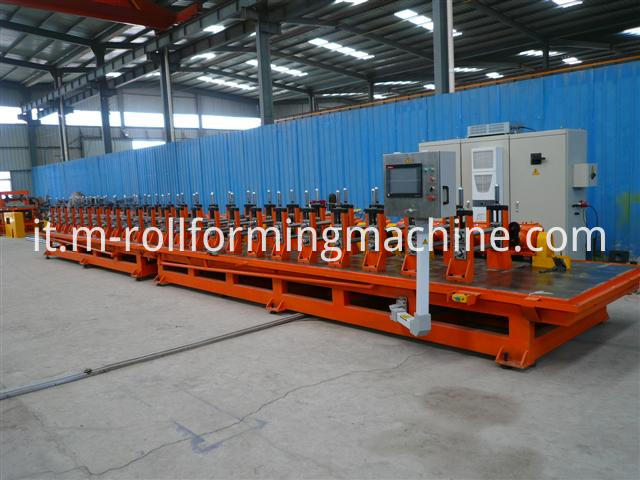 Bumpers Cold rollingroll forming machine1