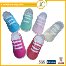 Vente en gros en gros 2015 le meilleur desingner chaussures pour bébés produits pour enfants avec lacet