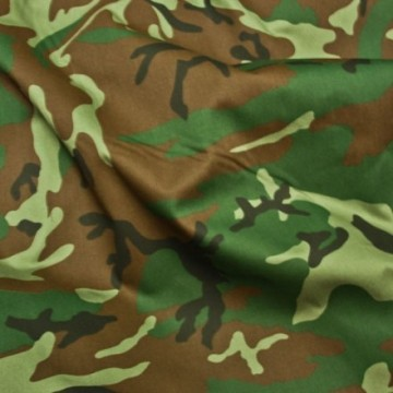 militär uniform bomullstyg