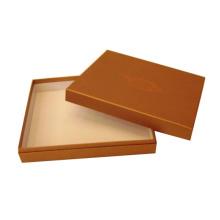 Caja y caja rígida de base