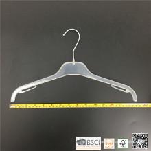 Einfache grundlegende Kunststoff Teens Hemd Kleiderbügel