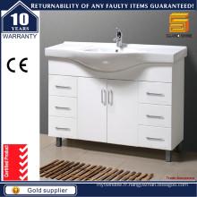 Vanity de salle de bain peint en blanc brillant à simple style
