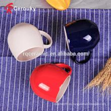 Personalice la taza brillante de la leche de China de hueso del color de dos tonos