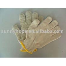 Вязальная перчатка