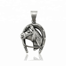 33888 xuping Best selling black gun color Stainless Steel jewelry horse head pendant