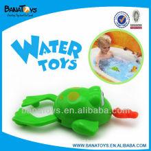 Lovely plástico puxar linha brinquedo água brinquedo natação rã
