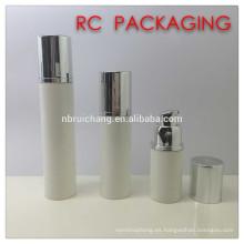 Botella airless cosmética plástica de 15ml / 30ml / 50ml, botella airless redonda del plástico de los pp, botella airless cosmética de la bomba