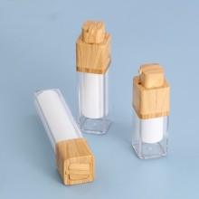 Прозрачная пластиковая бутылка для домашних животных