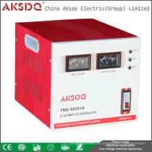 Neue SVC 3kva Einphasig wärme Eingang 70V bis 260V Servo Motor Hochpräzise AC Automatische Spannungsstabilisator für den Hausgebrauch