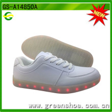 Boa qualidade LED Light Casual Shoes