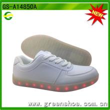 Хорошая качественная светодиодная повседневная обувь