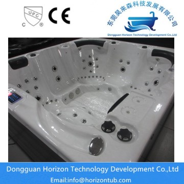 Installation von Horizon Hot Tubs