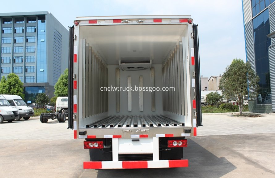 milk cooling transport truck 5