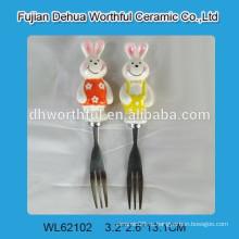 Вилка кухонного масла с керамической ручкой для кроликов