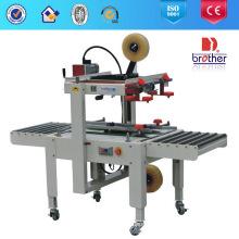 Scellant de carton semi-automatique avec courroie d'entraînement latérale Fxj5050
