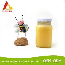 Rohe Lindenblüten-Honigprodukte