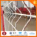PVC recubierto 2x2 galvanizado malla de alambre soldado para fen / 3 dobleces de malla de alambre / triángulo femce / con melocotón