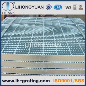 Grades de aço galvanizado serrilhado para piso antiderrapante