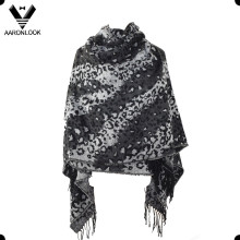 2016 New Style Black Color Change Twill Leopard Jacquard Shawl