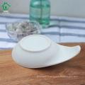 Forme ovale populaire en céramique Plat à la suce blanche Plat à base de porcelaine