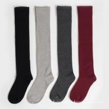 Chaussettes en coton à hauteur du genou (TA214) pour femmes
