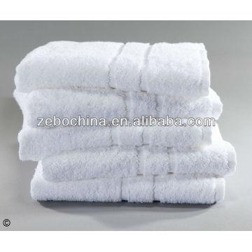 La fábrica directa de la alta calidad hizo las toallas de golf blancas llanas de lujo al por mayor