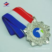 Fábrica de vendas diretas medalhas de liga de zinco de baixo preço com fitas