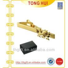 Pinza de metal Hippocampus con acabado chapado en oro para accesorios Tie
