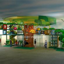 Terrain de jeu couvert sur le thème de la jungle immense pour les enfants