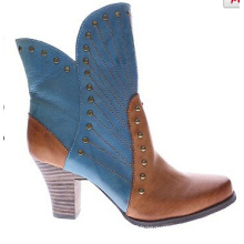 Western Inspired Two-Tone Look Leather Ankle Boots