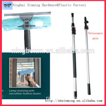 Flexible window cleaning squeegee