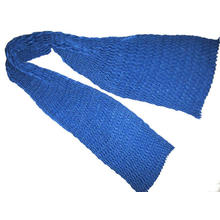Feine Wolle gefaltet V Schal