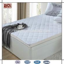 Hot vendiendo tela de poliéster acolchados estilo barato hotel colchón protector