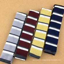 Belle cravate en soie rayée de combinaison de rayures cravates faites main de luxe