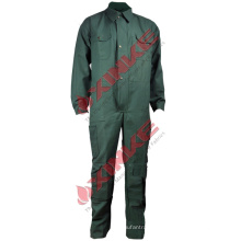 Un uniforme d'électricien personnalisé avec une solidité de couleur élevée
