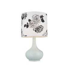 Moderne Blumen-Lampenschirm-Harz-Tabellen-Lampen für Schlafzimmer (GT8330-1)