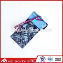 Microfibra suave barata de la fabricación del diseño de la impresión en bolso en China, bolso de embalaje de cristal de la microfibra de la impresión digital