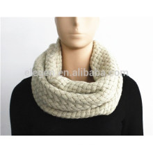 Solid Color Braid Pattern Knitted Snood
