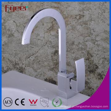 Torneira do misturador da cozinha do Faucet do punho do único bico oblíquo de Fyeer (QH1770)