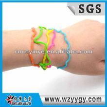 Nouveaux bracelets en silicone coloré pour enfants, bracelet silicone bon marché de la pellicule