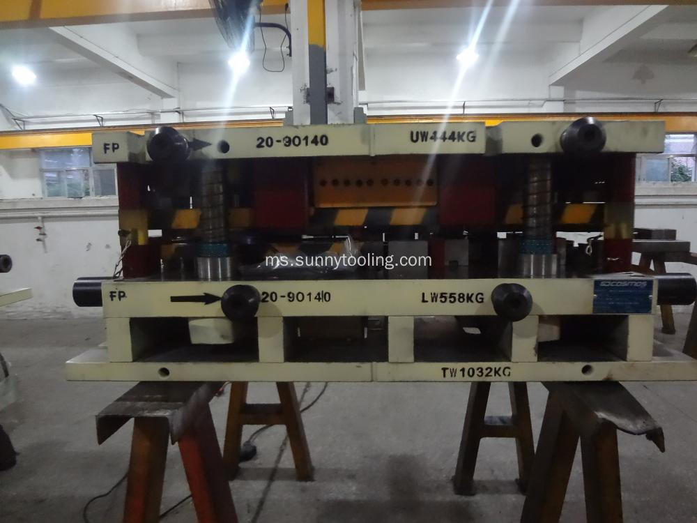 Automotif Alloy keras Stamping Die