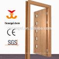 CE que dibuja las puertas de madera del cuarto de baño del diseño