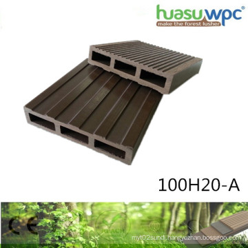 20mm Thick Hollow Deck WPC Profile Four Season Outdoor Flooring