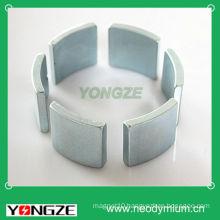 Curved magnet for brushless motor stator
