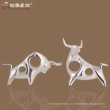 China regalo de negocios de vaca Artesanía comercial escultura decorativa Resina vaca de resina