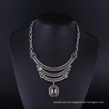 Collar hecho a mano de Bohemia Acryl Beads