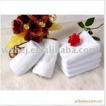 Serviettes de bain 100% coton piqué vat dye velours rayé
