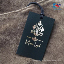 Роскошные Пользовательские Дизайн Одежда Бумага Повесить Тег С Строкой Золота Горячий Штемпелюя Логос