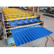 Rollo de azulejos de acero que forma la máquina